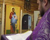 Освящение-икон-Пресвятой-Богородицы-и-Спасителя-(фото-7)