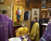 Освящение-икон-Пресвятой-Богородицы-и-Спасителя-(фото-9)