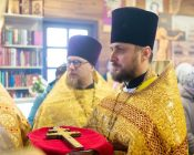 Патриарший Экзарх совершил Литургию в храме в честь святителя Николая Японского города Минска (фото 10)