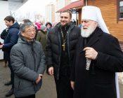 Патриарший Экзарх совершил Литургию в храме в честь святителя Николая Японского города Минска (фото 43)