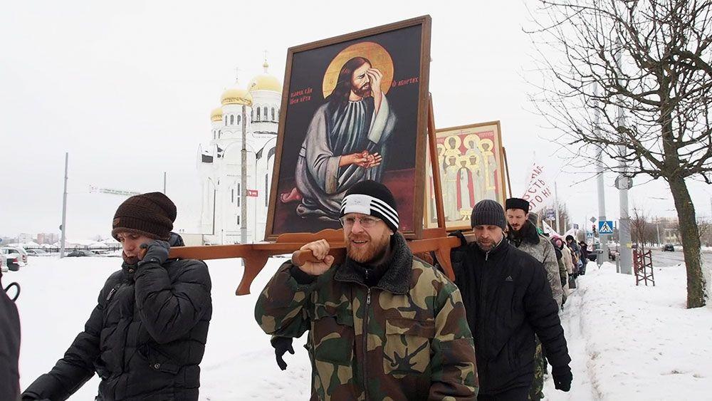 """""""Дети должны рождаться, а не погибать!"""". В Могилёве прошёл крестный ход против абортов"""