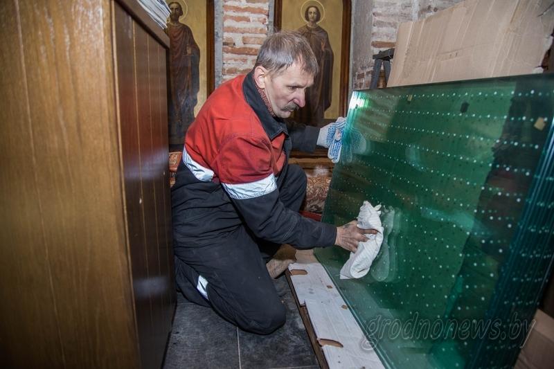 В Коложской церкви часть пола будет стеклянной