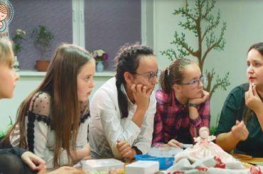Видеопрезентацию программы «Еве-13» выпустил центр поддержки семьи и материнства «Матуля»