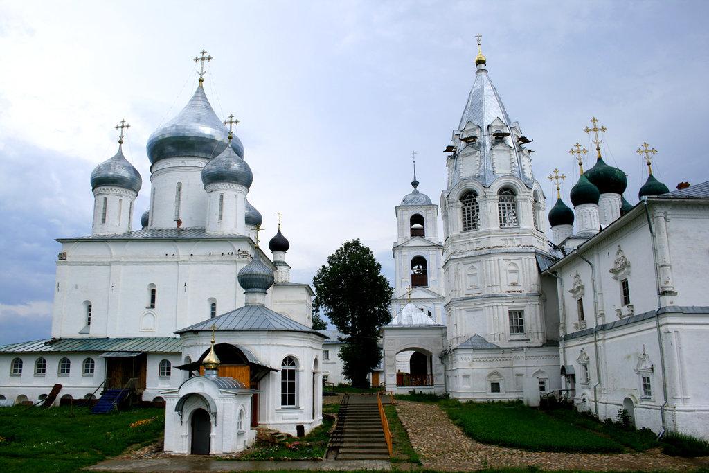 Переславль Залесский. Никитский мужской монастырь(1186г), мощи препод. Никиты Столпника