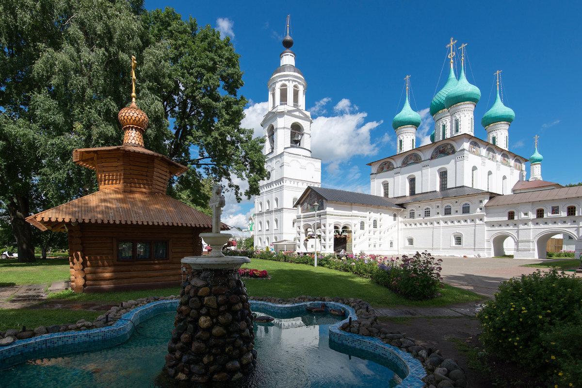 Ярославль Свято-Введенский Толгский женский монастырь(1314г)-мощи святит. Игнатия Брянчанинова